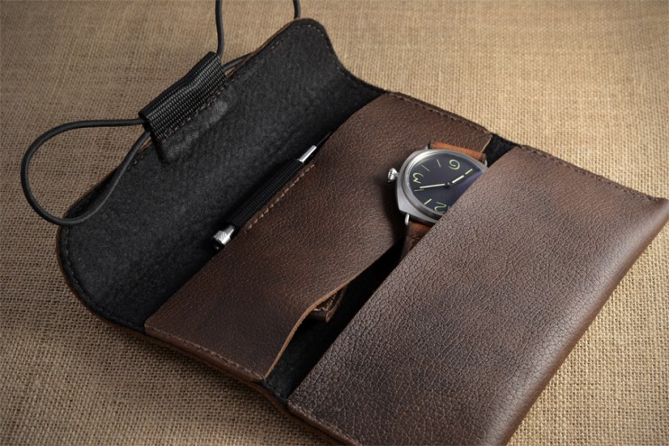 Brown leather watch case
